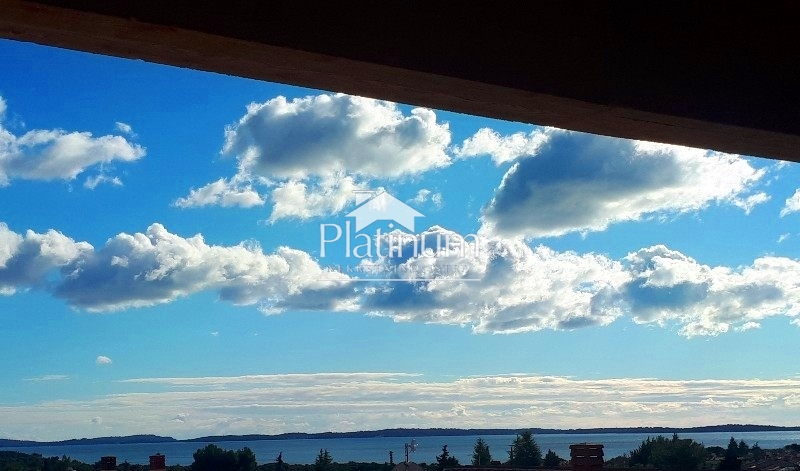 Peroj okolica, apartman sa galerijom i pogled more. NOVO