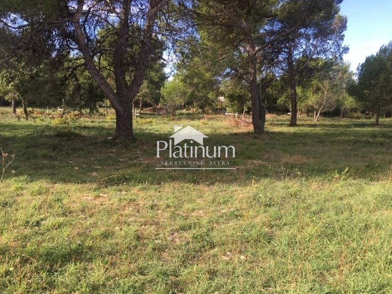 Building land in Medulin, Istria - 4233m2