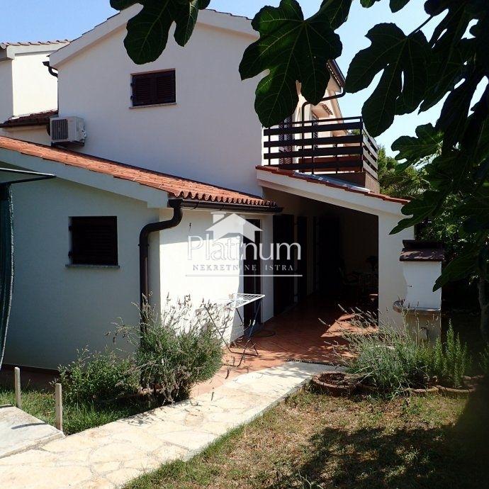 Medulin, Premantura, kuća 87m2, 160m2 okućnice, adaptirano!!