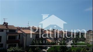 Istra, Pula, Veruda porat, kuća sa 3 stana, 265m2 sa vrtom 100m2 i pripadajućom garažom