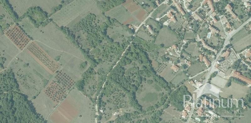 Zemljište u Krnici, Marčana, Istra - 10000m2 građevinsko, isparcelizirano