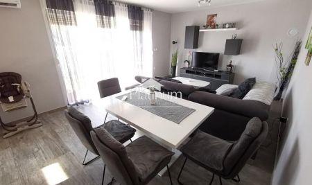 Istra, Pula, okolica, kuća sa dva stana 115m2, namješteno, novo!!