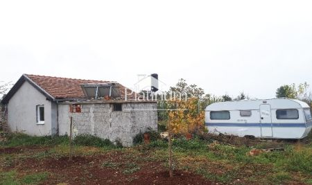 Istria, Fažana, olive grove for sale with legalized cottage