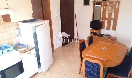 Ližnjan-Medulin prodaje se apartman, prizemlje, 2 sobe 62000Eur