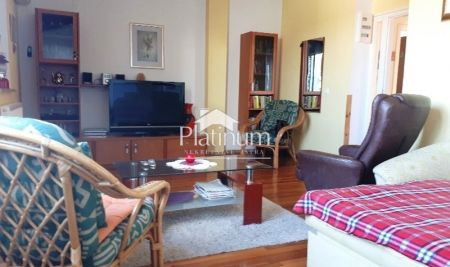 Barbariga, a beautiful 1st floor apartment, renovated, parking