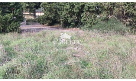 Pula, Štinjan, 500m2 gradbeno zemljišče pravilne oblike