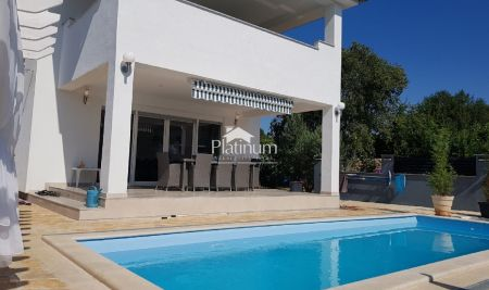 Marčana, Krnica, Istra - kuća 180m2 - bazen + jacuzzi - POGLED MORE