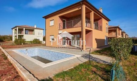Istria, lungomare, splendida villa con vista mare