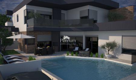 ISTRA PULA okolica, kuća 130m2 sa bazenom 34m2, NOVO!