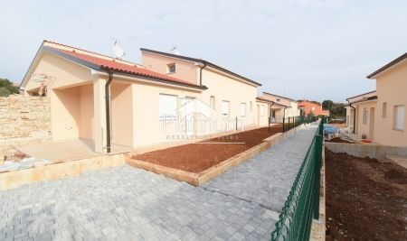 Istria, Barbariga, apartment with garden NEW
