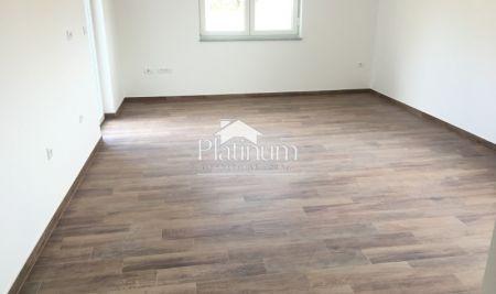 Medulin, Istra - apartman prizemlje 70m2, 2 spavaće sobe, terasa, vrt, parking, ostava - NOVOGRADNJA