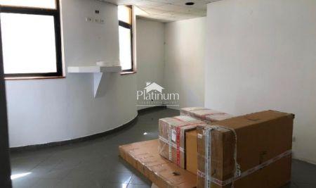 Pula, strogi CENTAR - 1.kat, 28m2, poslovni prostor, pogled na šetnicu