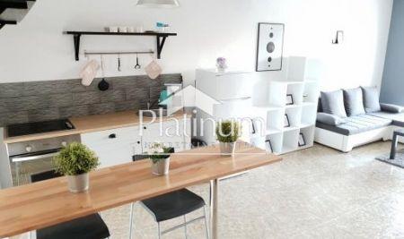 Istra, Pula, Vidikovac, adaptiran stan 114 m2, 3SS, visoko prizemlje, PRILIKA