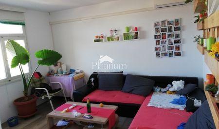 Pula, Veruda - 55m2, 2 spavaće sobe, panoramski pogled, sunčana strana
