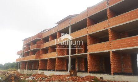 MEDULIN novi apartman 1 kat, Lift, velika terasa
