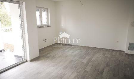 Fažana, okolica, apartman sa vrtom, 2 sobe, NOVO
