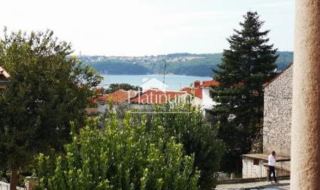MEDULIN, 1kat, pogled more, velika terasa