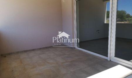 ISTRA MEDULIN apartman 2ss 62m2 + vrt 60m2 NOVO