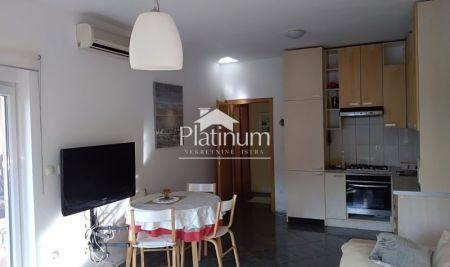 Istra, Medulin, Vinkuran, stan na prvom katu stambene zgrade, 58m2, 100m od mora