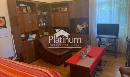 Istra, Pula, Stoja, dio kuće 65m2+362m2 građevinskog zemljišta