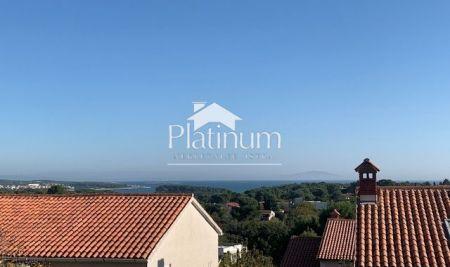Istra, Medulin, Premantura, kuća 180m2, 500m2 okućnice, pogled more!!
