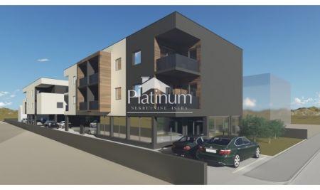 Pula, centar, okolica, stan na prvom katu, 45m2, PLIN, NOVO!!