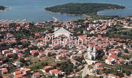 Istra, Medulin, građevinsko zemljište, 868m2