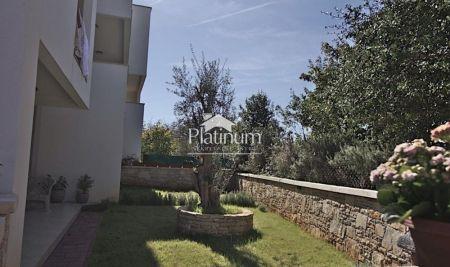 Medulin, Banjole, Premantura apartman sa vrtom 200m od plaže. ToP