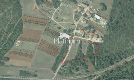 Stanovanje, Pula, Šijana - 10047m2
