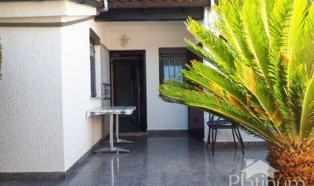 Barbariga, prekrasan apartman SA VRTOM 150m2,