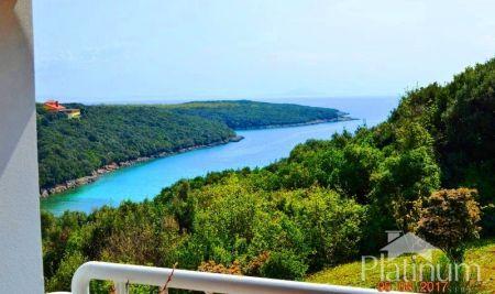 Istra, Duga uvala, apartman sa fantastičnim pogledom na more i Kvarner