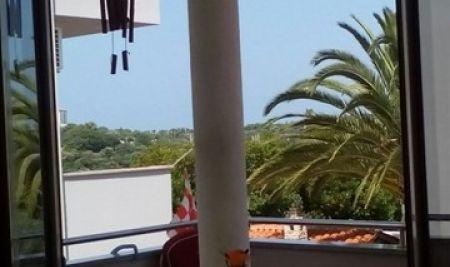 Istra, Pula, Pješčana uvala, 50m2 stan 2 sobe, 50m od mora i plaže