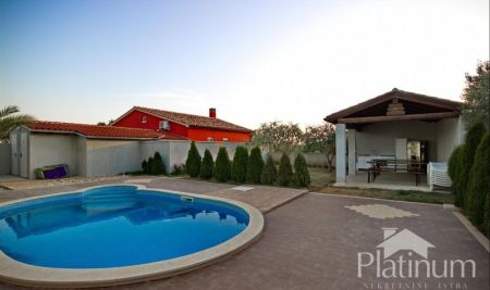 Istria, Ližnjan, house with pool 280m2, close to the sea