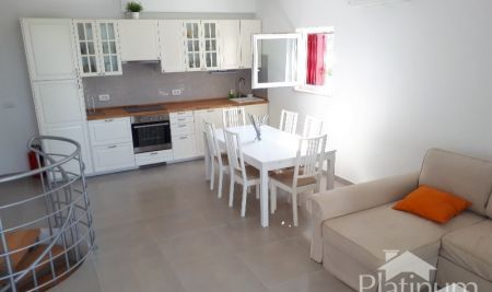 Istria, Peroj, beautiful apartment with garden, 300m from the sea