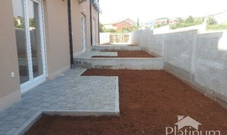 Istria, Vodnjan, Barbariga, new house 98m2 with small garden