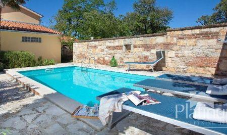 Istra, prekrasnakuća sa bazenom, prilika