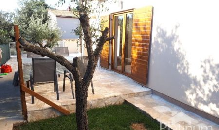 Istria, Peroj apartment on ground floor with large garden NEW APARTMENT