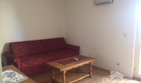 Istra, Pula, Vidikovac, stan na drugom katu stambene zgrade, 66m2