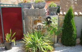 Istra, Poreč, prekrasna kuća 70m2 sa dvorištem 75m2