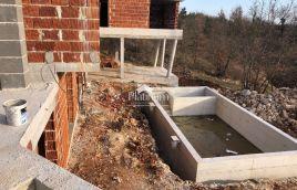 Marčana - 265,88m2 kuće + 36m2 bazena + 2900m2 zemljišta