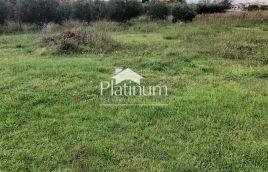 Istra, Medulin, Pomer, građevinsko zemljište 1021m2, kompletna infrastruktura