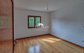 Istra, Ližnjan, prekrasan apartman 91,68m2, I. kat, 2SS, pogled more, USELJIVO!!