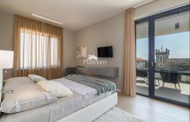 Istra, Fažana, okolica, prekrasna moderna vila sa bazenom s pogledom na more, 160m2
