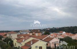 Istra, Medulin, prodaja novo sagrađenih luksuznih stanova sa pogledom na more 65m2, 200m udaljeni od plaže