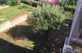 Istra, Pula, Šijana, samostojeća višekatnica 300m2, 650m2 okučnice