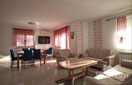 Istra, Ližnjan, kuća sa bazenom, 280m2, mirna lokacija, blizina mora