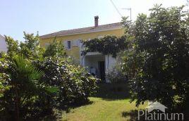 Valbandon, Fažana, Istra - samostojeća obiteljska kuća 200m2 s okućnicom