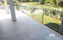 Istra, Peroj, prekrasan apartman sa vrtom, 300m od mora