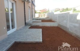 Istra, Vodnjan, Barbariga, novo izgrađena kuća 98m2 sa malom okućnicom